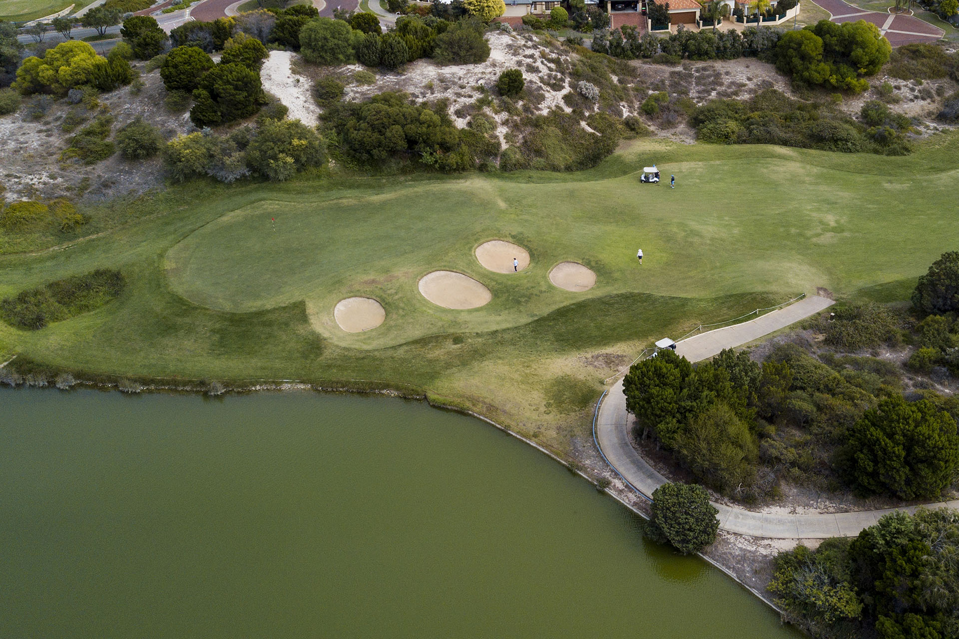 GolfClub Sercet Harbour3.jpg